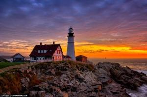 Faro di Elizabeth Cape al tramonto